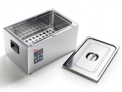 Low temperature cooking device with  water static heating 1/1
