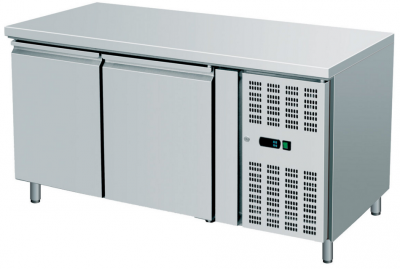 Ventilated Refrigerated  Counters Snack,TN -2 +8°C, dim. 1360x600x860h mm  With raised back: Without raised back