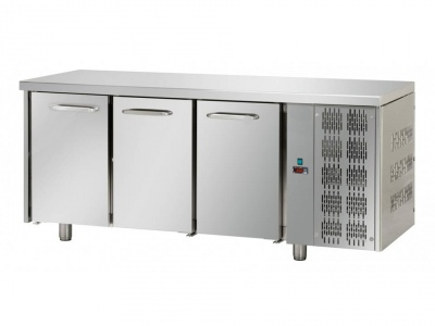3 doors Stainless Steel GN 1/1 Refrigerated Counter
